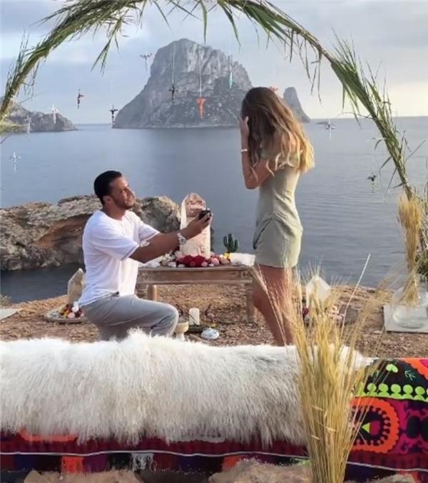 Son dakika: Mohammed Alsaloussi, Şeyma Subaşı'na evlilik teklifi etti...