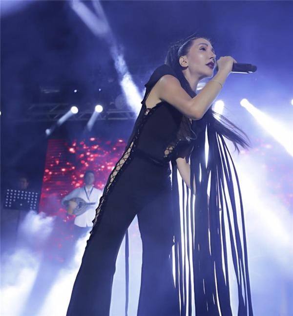 Hande Yener: Hayranlarım üzülmesin diye kimseye söylemedim