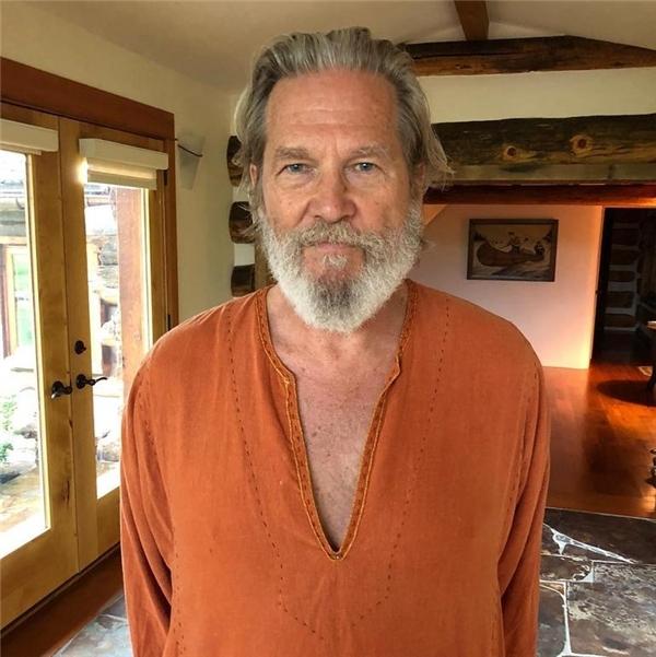 Oscar ödüllü oyuncu <a class='keyword-sd' href='/jeff-bridges/' title='Jeff Bridges'>Jeff Bridges</a> kanseri yendiğini duyurdu