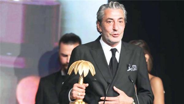 Golden Palm Awards ödül törenine Erkan Petekkaya ile Binnur Kaya damga vurdu