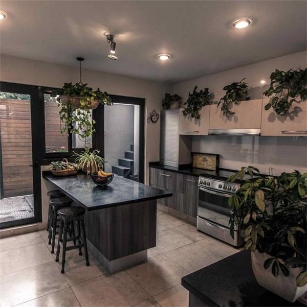 modern Kitchen by Loyola Arquitectos